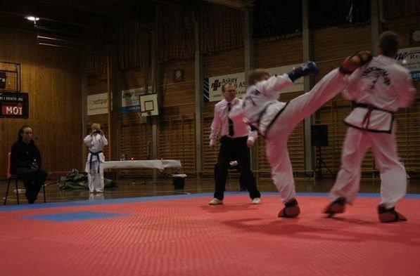 Kolbotn Taekwondo Klubb inviterer til sparringstrening med Christian Grusd
